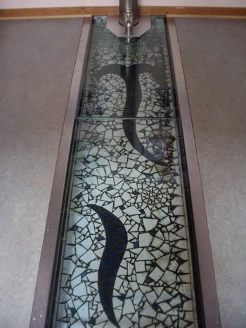 Mosaikbund i installation