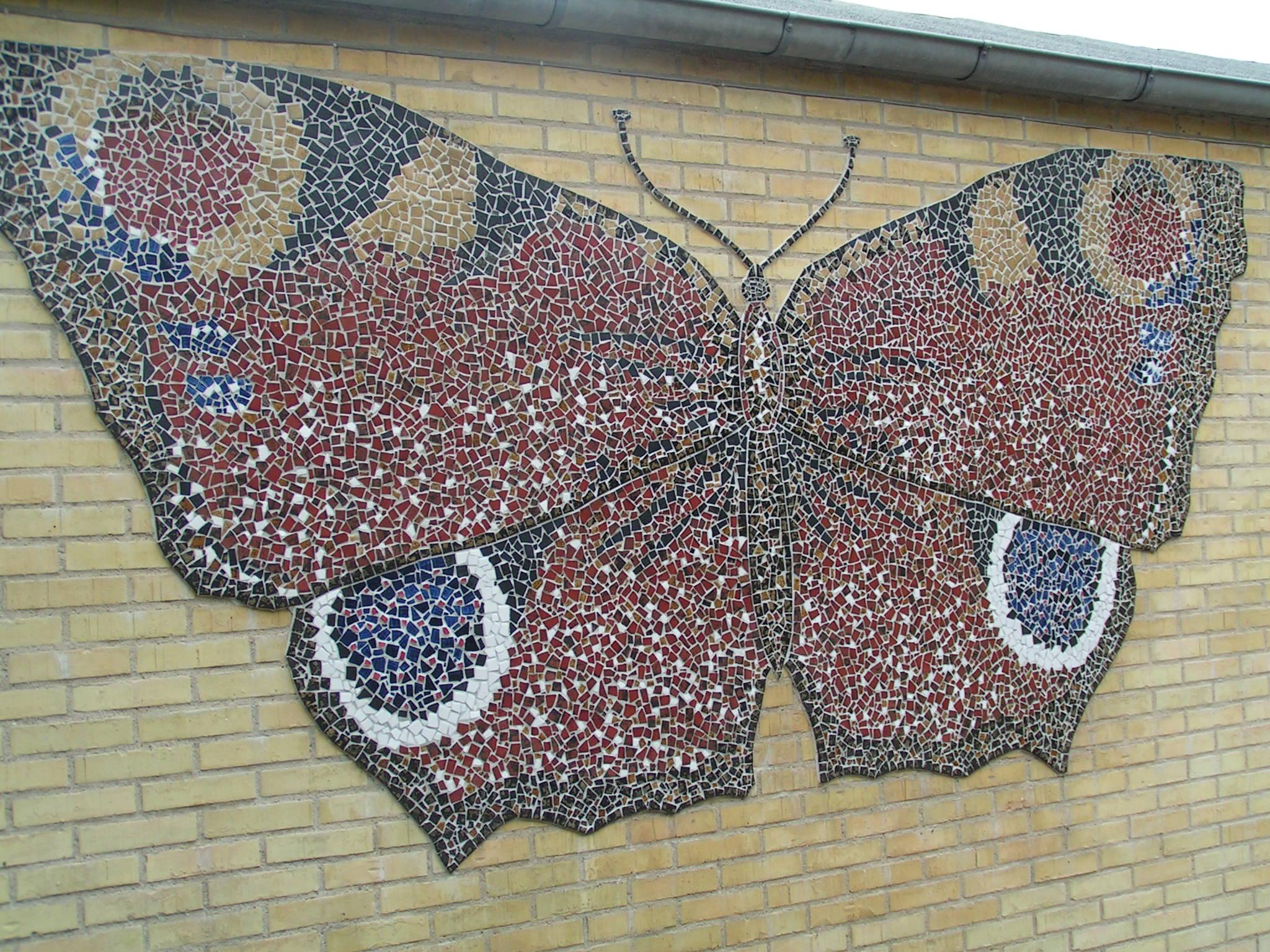 Vægudsmykning i mosaik - mosaic wall decoration